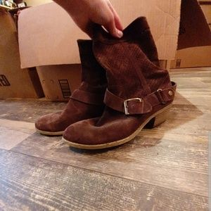 Short Boots *EVERYTHING MUST GO by SEP 30*